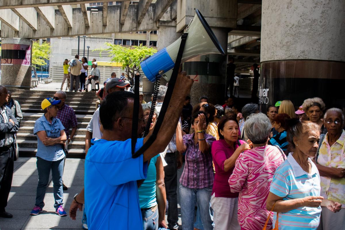 pensionados protestaron 6 de septiembre
