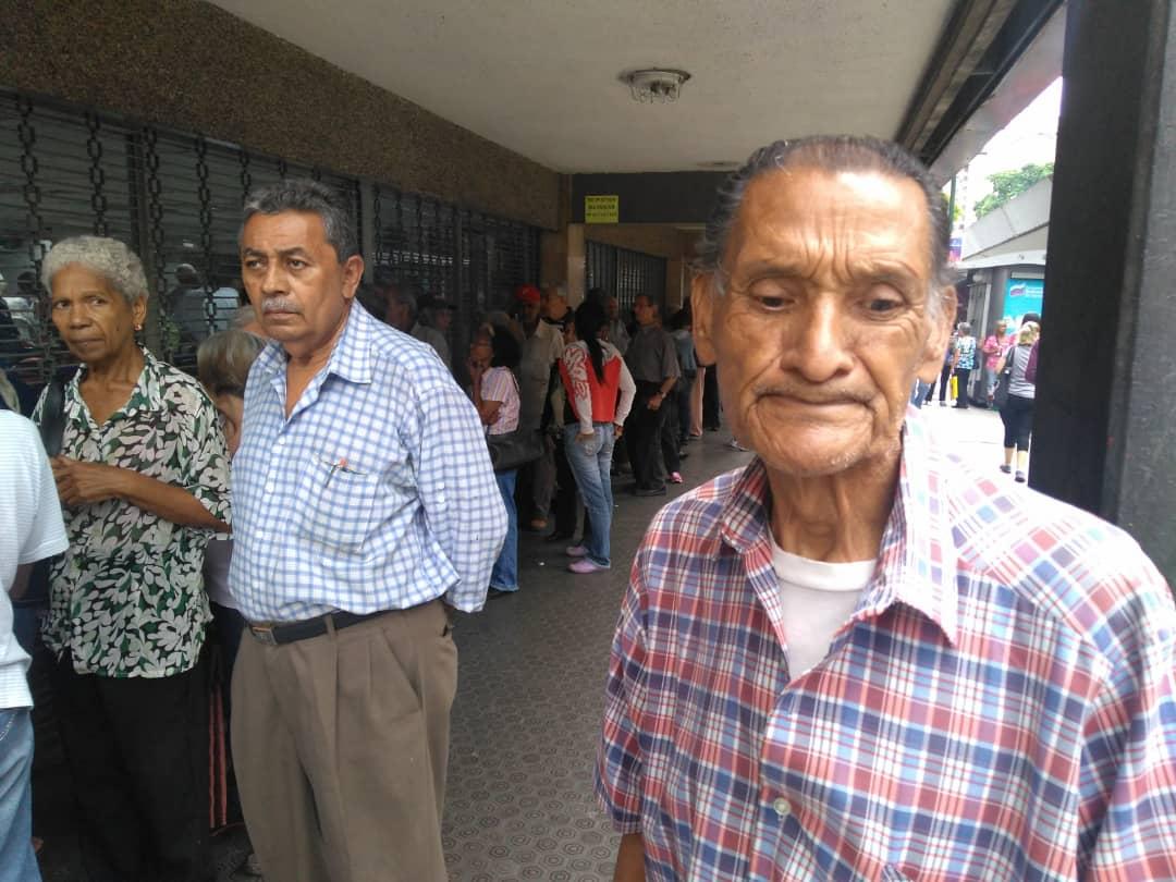 bancos colas pensionados
