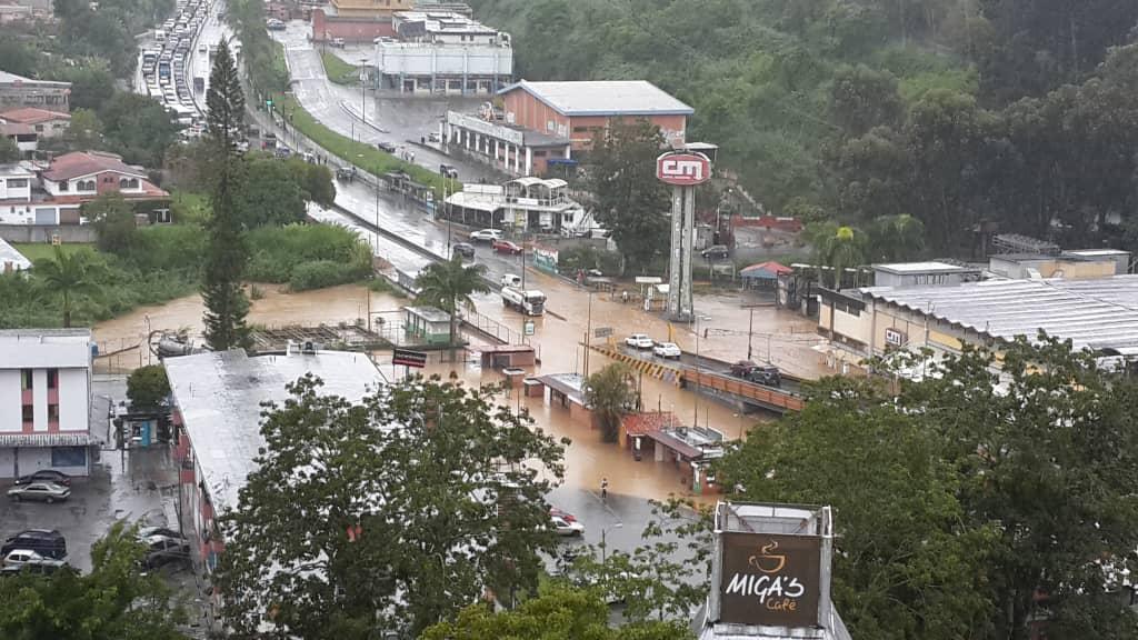 San Antonio-Miranda-Clases-lluvias-Los salias