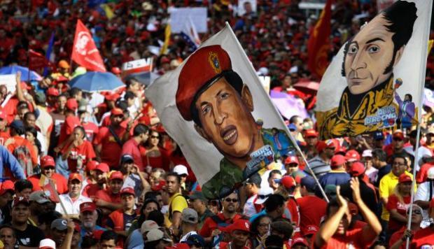 El huracán del chavismo que arrasó con las instituciones