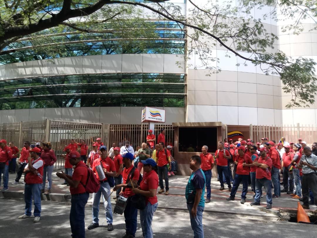 huelga general-empleados públicos-Bolipuertos-protesta-trabajadores-paro-amenaza-reclamos salariales