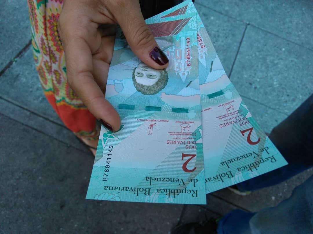 BCV sacó de circulación 130 millones de billetes de 2 y 5 bolívares