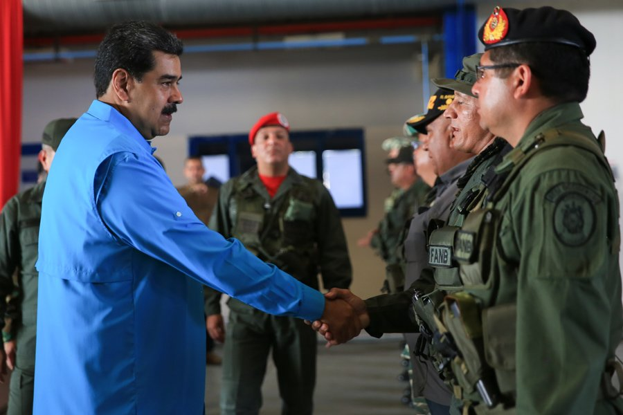 Fanb-Maduro-poder-Sebastiana Barráez