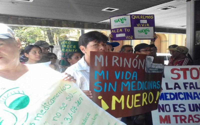 Venezuela llega al Día del trasplantado sin suficientes medicamentos y sin trasplantes