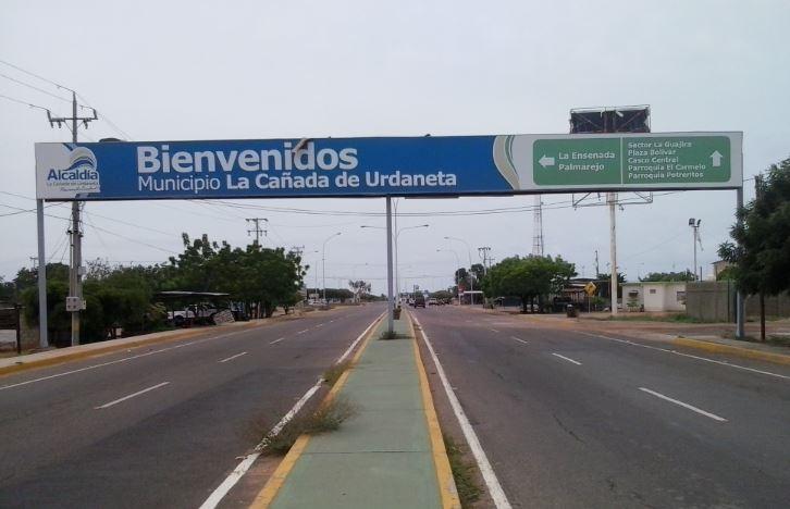 Entrada a población de La Cañada