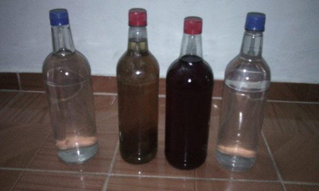 Intoxicación con alcoholes caseros puede provocar desde daño cerebral hasta la muerte, alerta médico - Efecto Cocuyo