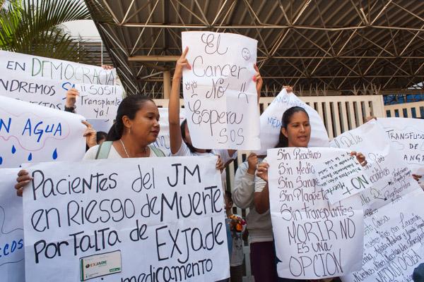 Protesta en el JM de los Ríos hematología