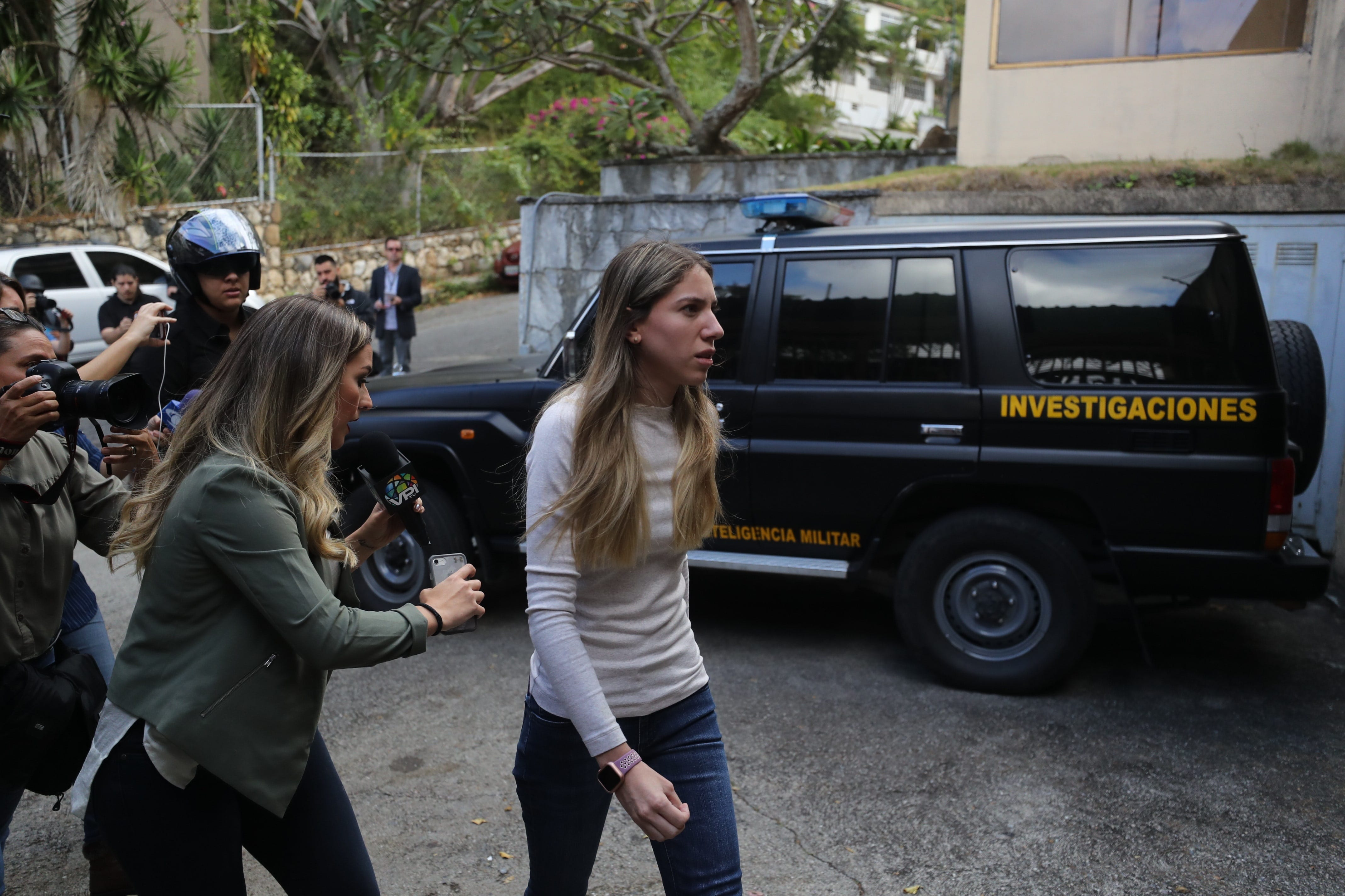 Fabiana Rosales llegó a casa del tío de Juan Guaidó