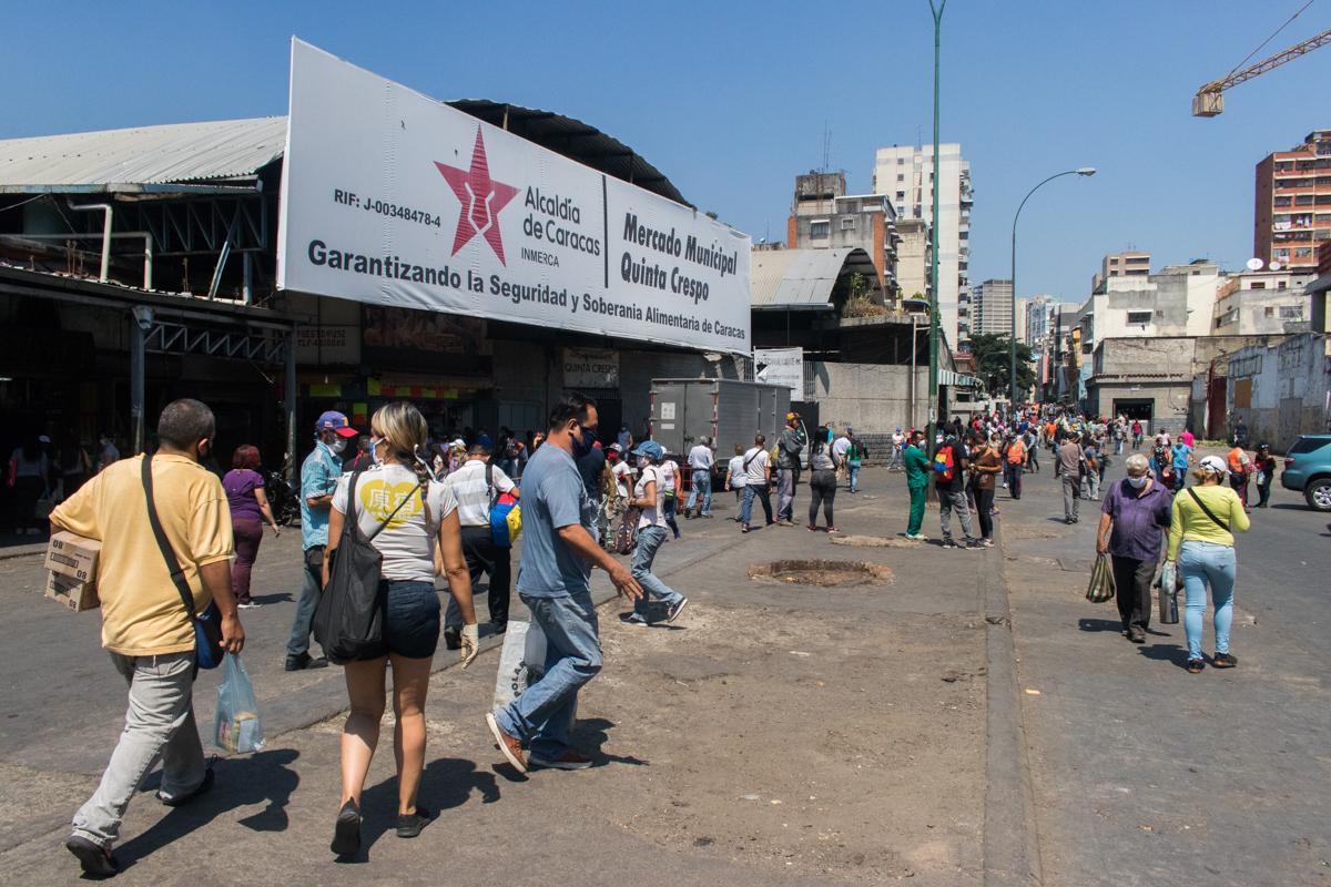 Venezuela coronavirus mercado quinta crespo