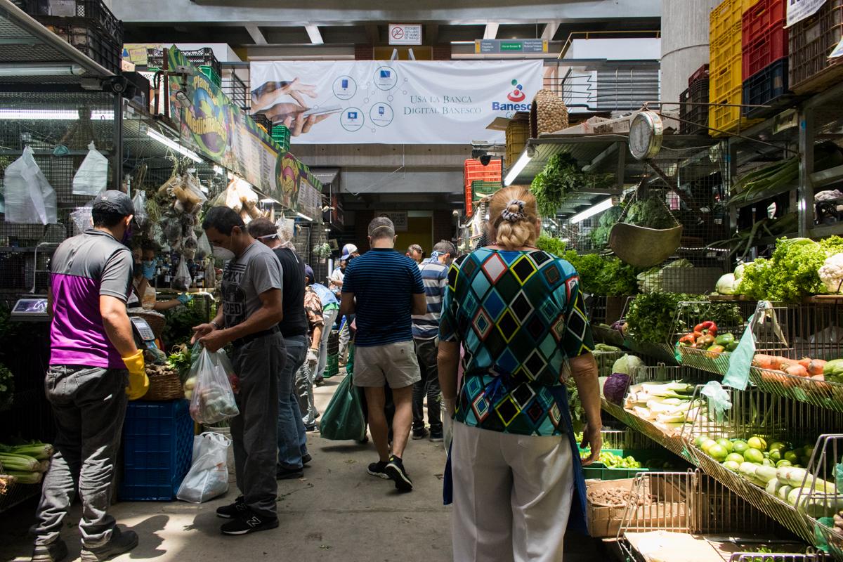 venezuela coronavirus mercado chacao