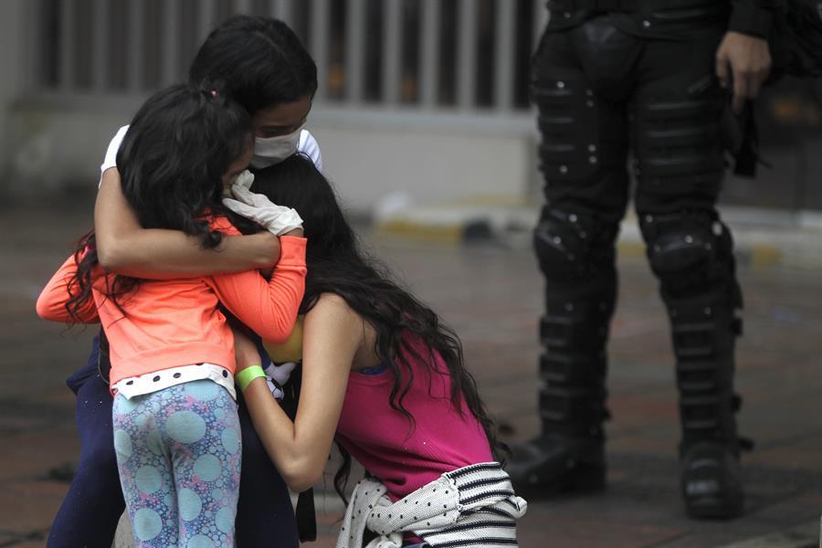 Brechas digitales impiden la educación online de 56% de los estudiantes en Venezuela