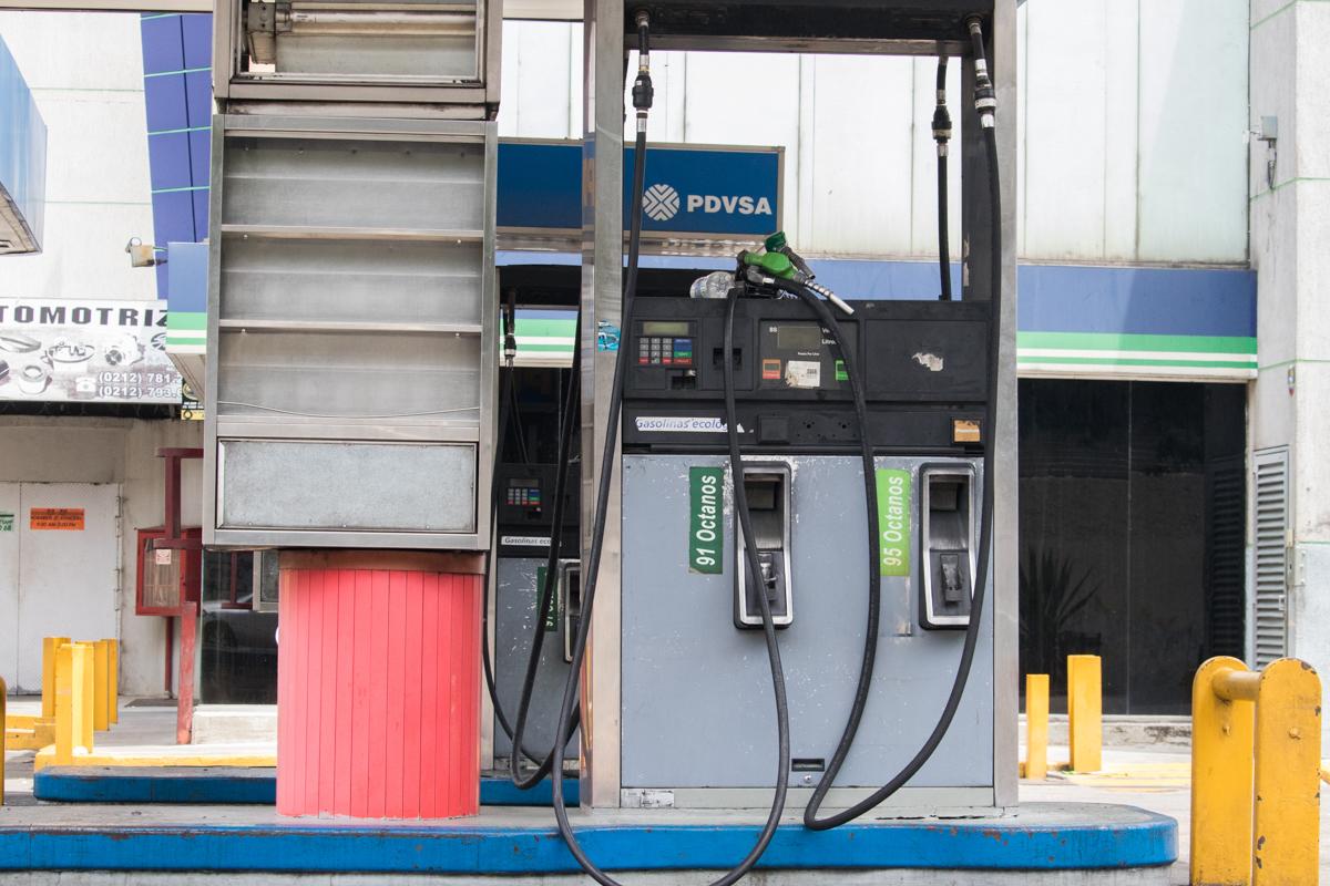 Estacion de servicio gasolina Caracas