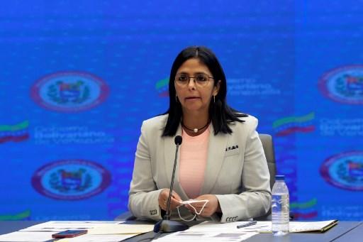 Cobrarán aranceles de importación y privilegiarán compras nacionales, dice Delcy Rodríguez