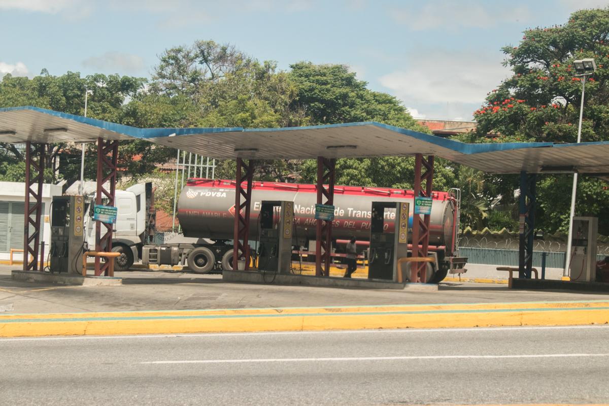 colas gasolina caracas