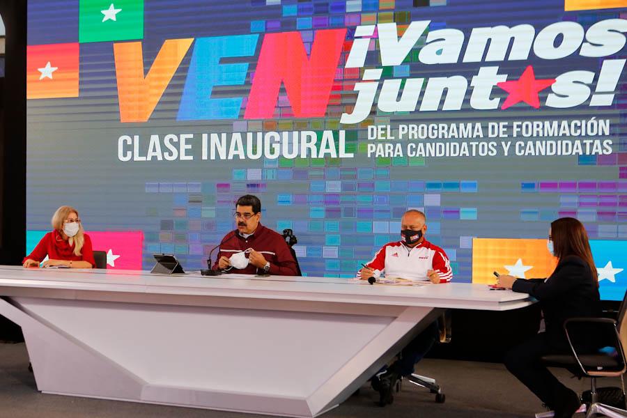 """Maduro pide a la UE que lo """"piense bien"""" y observe las elecciones del 6D"""