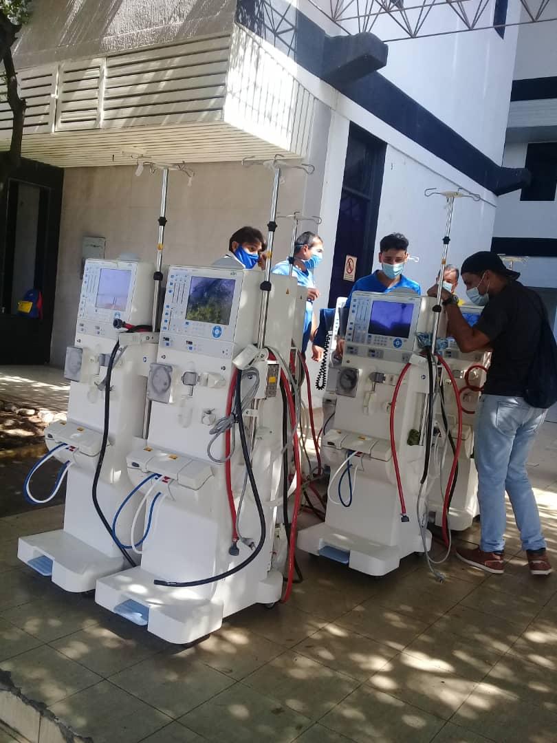 Más de 60 pacientes renales en riesgo por cierre de unidad de diálisis en Bolívar