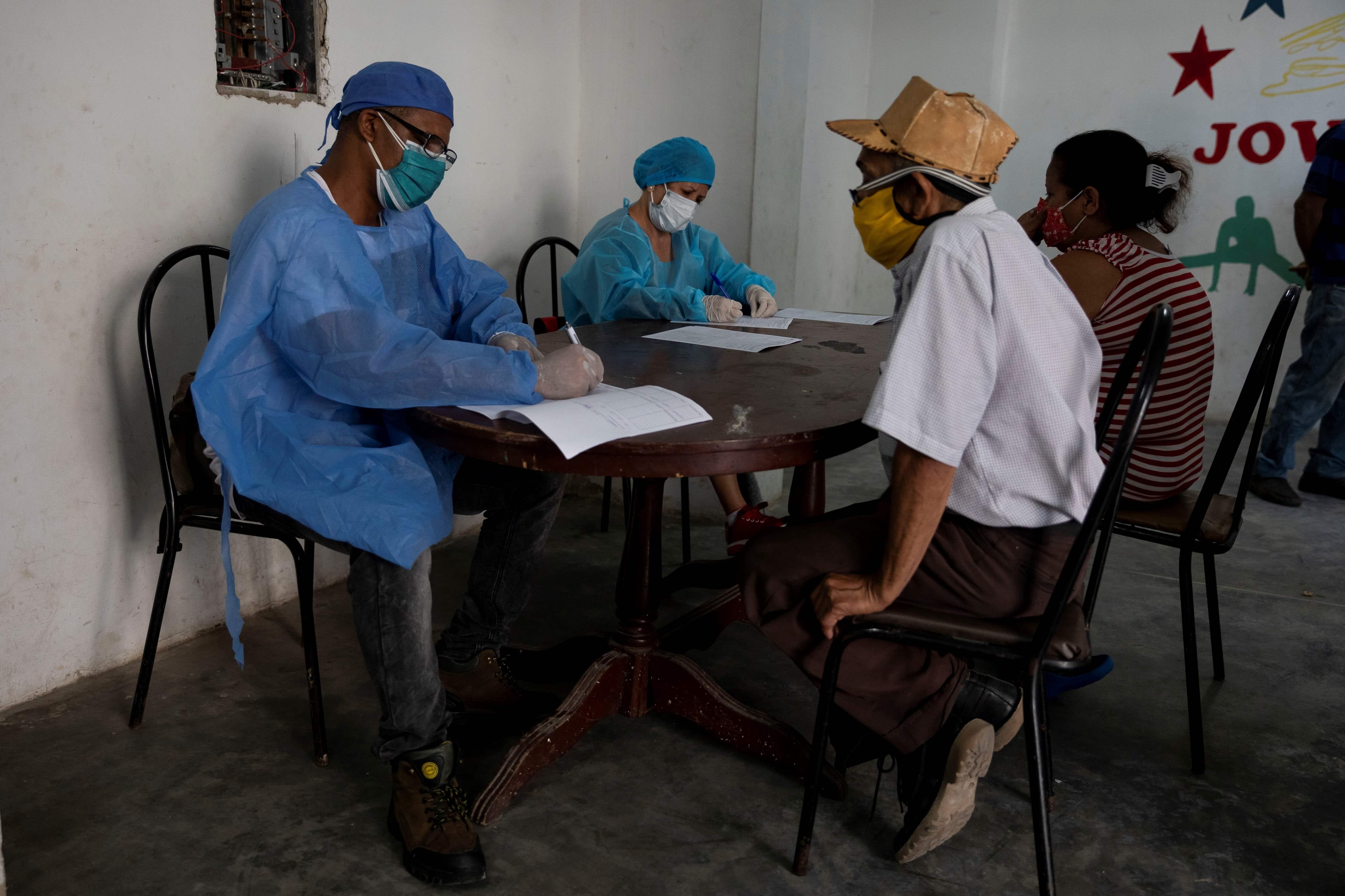 Venezuela superó 800 muertes por COVID-19 con aumento en letalidad admitida