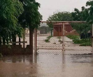 Lluvias generaron inundaciones en la población de Santa Ana en Falcón