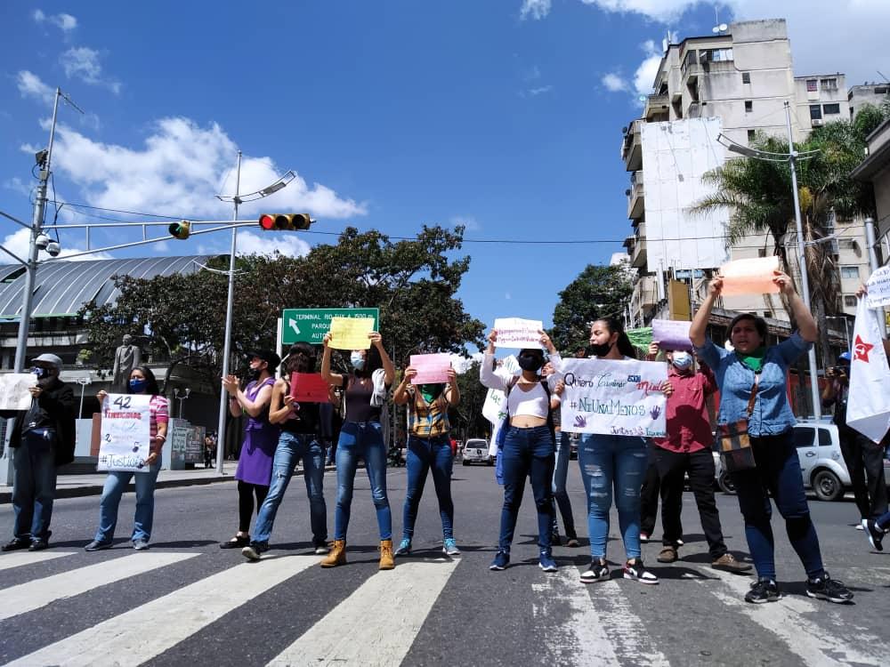 """""""Hay una pandemia de femicidios en el país"""", alerta movimiento #NiUnaMenos"""