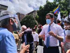 "Guaidó afirma que no caerán ""falso dilema"" de asistir a elecciones regionales"