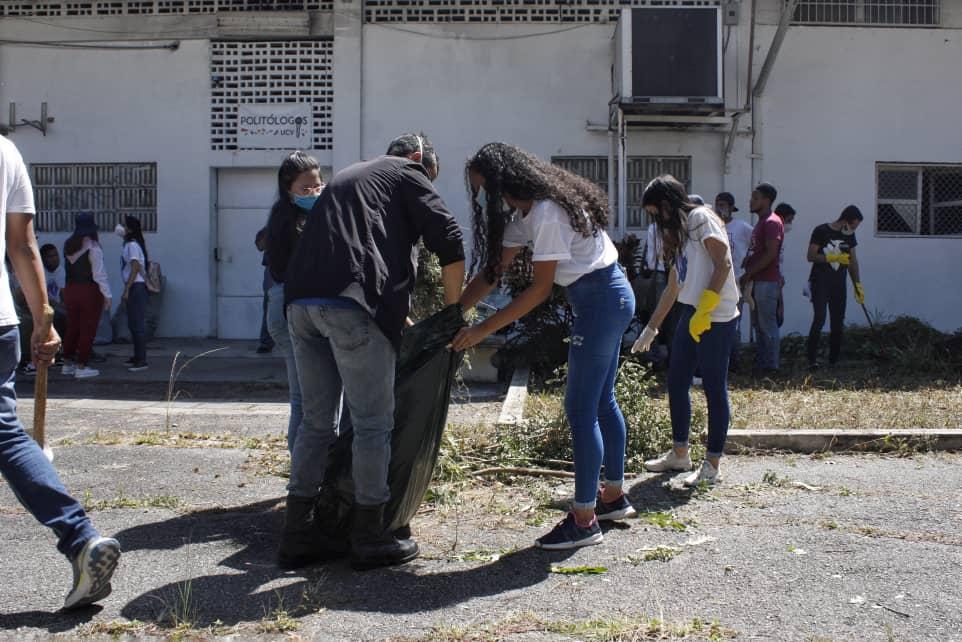 Estudiantes llaman a la comunidad universitaria a reactivar la UCV