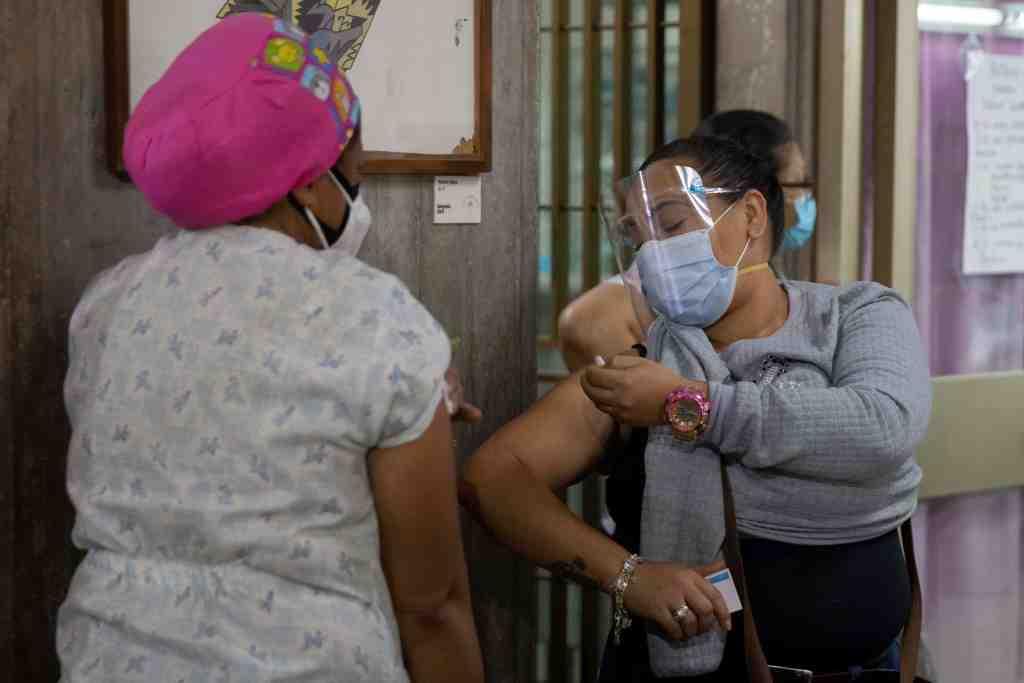 """Venezuela: del """"no conozco contagiados"""" al """"falleció"""""""