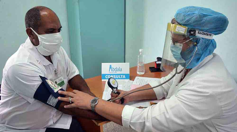 Cuba prueba el candidato en miles de voluntarios | Foto: ACN