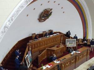 Inicia segunda discusión de Ley de Ciudades Comunales mientras oposición advierte que es inconstitucional
