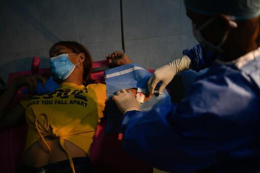 Bárbara se puso un implante anticonceptivo en el Hospital de Yaguaraparo | Foto: Matias Delacroix