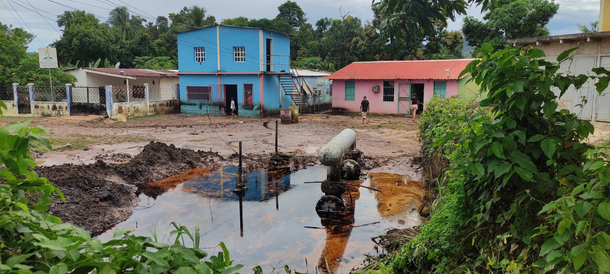Inundaciones, derrames de petróleo y damnificados dejaron las lluvias en el oriente de Venezuela